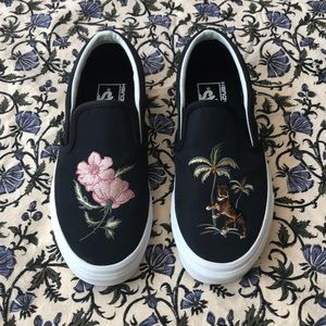 NEW Embroidered Vans